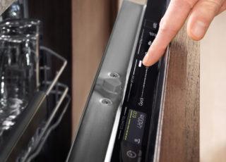 Electrolux presenta le lavastoviglie con tecnologia QuickSelect