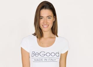 La t-shirt bianca si rinnova con la tecnologia di BeGood