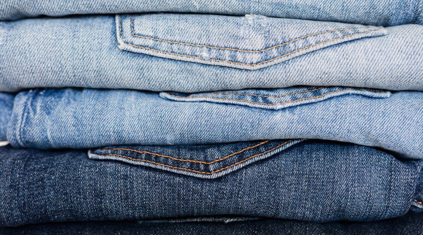 Filiera produttiva certificata da blockchain: Carrera, jeans sostenibili